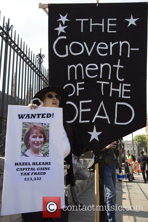The Government Of The Dead and Removed Photos 6