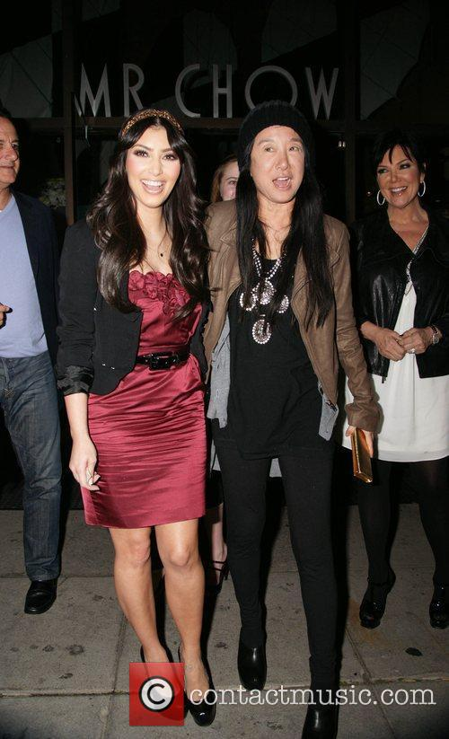 Kim Kardashian and Vera Wang 1