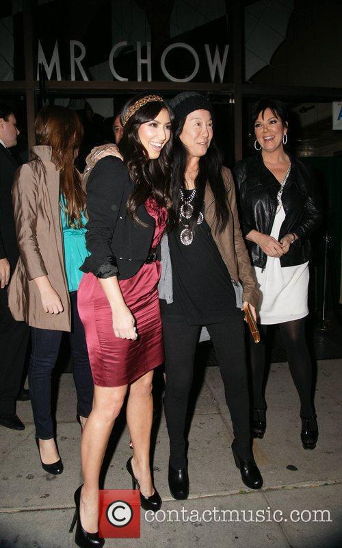 Kim Kardashian and Vera Wang 2