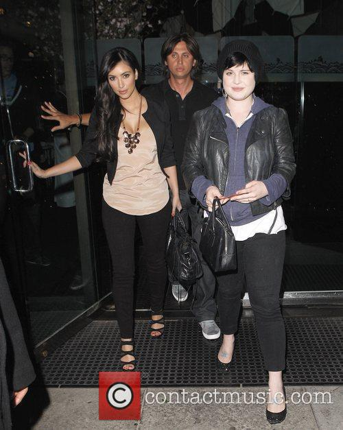 Kelly Osbourne and Kim Kardashian 5