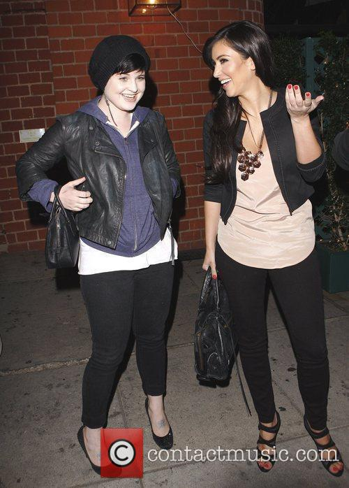 Kelly Osbourne and Kim Kardashian 6
