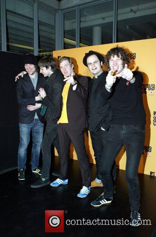 Kaiser Chiefs and Mtv 2