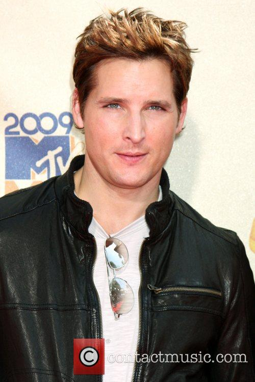 Peter Facinelli and Mtv 3