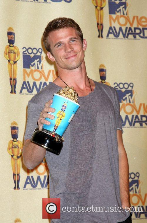 Cam Gigandet and Mtv 6