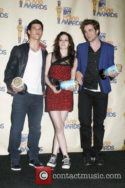 Taylor Lautner, Kristen Stewart and Mtv 1