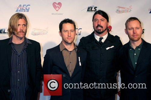 Foo Fighters and Neil Diamond