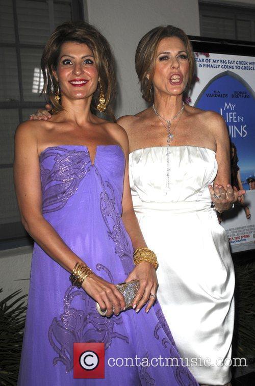 Nia Vardalos and Rita Wilson 1