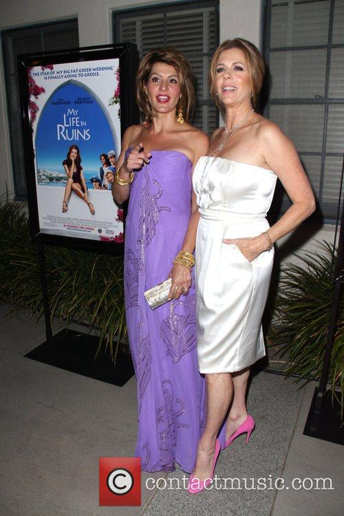 Nia Vardalos and Rita Wilson 8