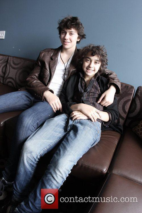 Naked brothers band nat Latina