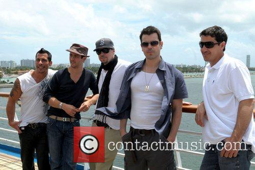 Danny Wood, Donnie Wahlberg and New Kids On The Block 2