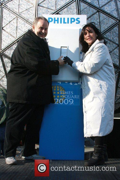 Raul de Molina and Angelica Vale 4