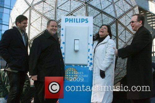 Tim Tompkins, Raul de Molina, Angelica Vale, Jeff...