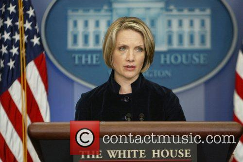 White House Press Secretary Dana Perino stuns reporters...