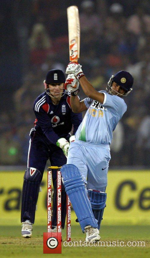 Suresh Raina 5th ODI England against India cricket...