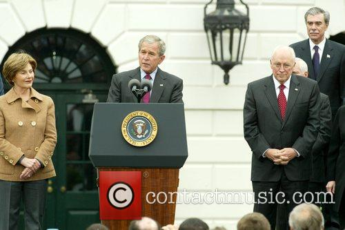 Laura Bush, Barack Obama and White House 6
