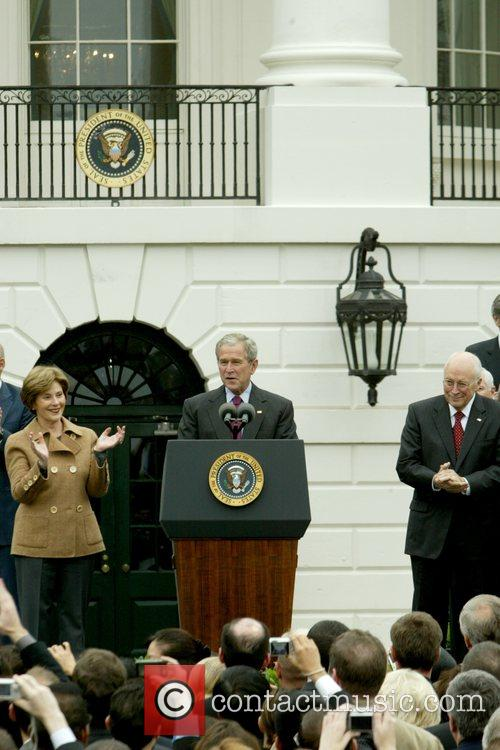 Laura Bush, Barack Obama and White House 2