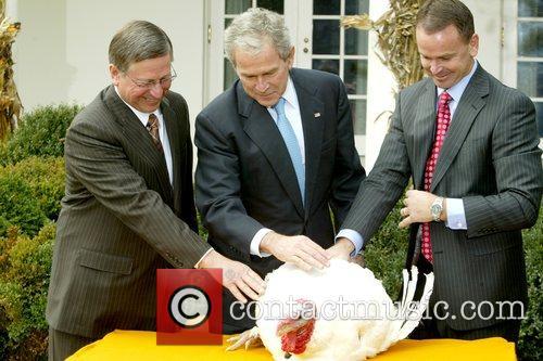President George W. Bush pardons Pumpkin, the National...