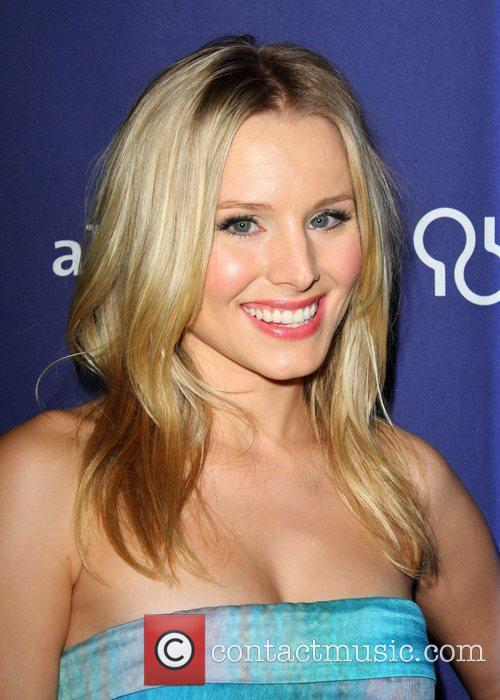 Kristen Bell and Beverly Hilton Hotel 3