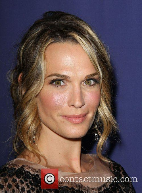 Molly Sims and Beverly Hilton Hotel 6
