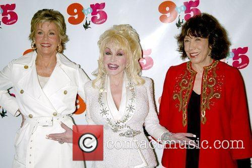 Jane Fonda and Dolly Parton 4