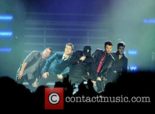 New Kids On The Block and Donnie Wahlberg 8