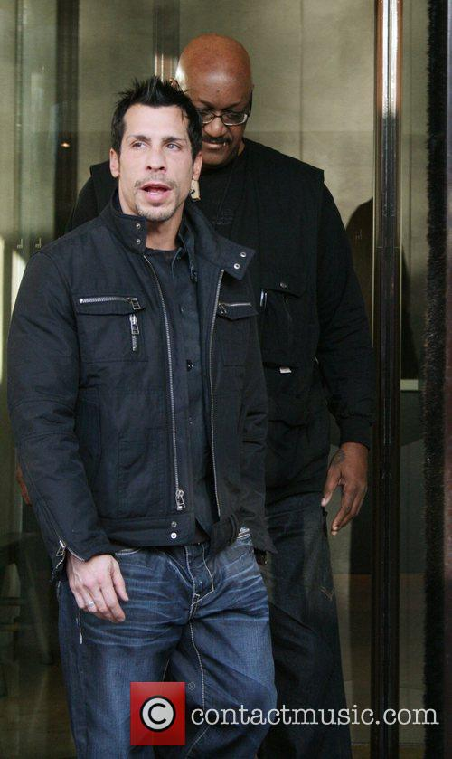Donnie Wahlberg leaving the Mayfair hotel heading for...