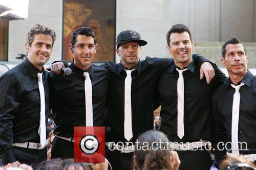 Joey Mcintyre, Donnie Wahlberg and New Kids On The Block 4