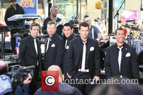 Joey Mcintyre, Donnie Wahlberg and New Kids On The Block 1