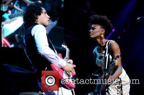 The Noisettes and Royal Albert Hall 8
