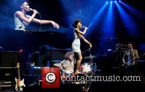 The Noisettes and Royal Albert Hall 3