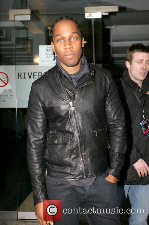 Lemar outside the Riverside Studios before his Nokia...