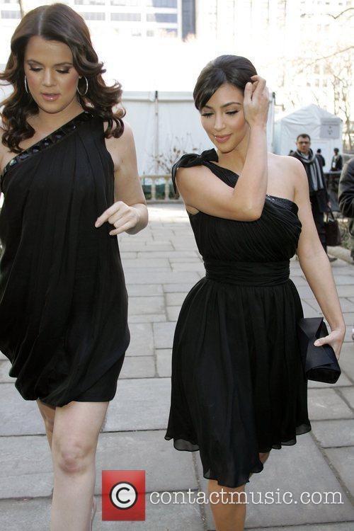 Khloe Kardashian and Kim Kardashian 2