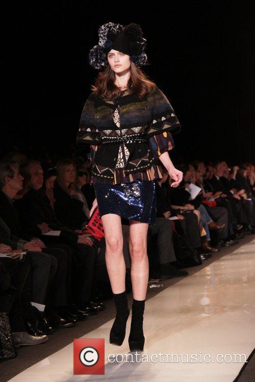 Model and Diane Von Furstenberg 3