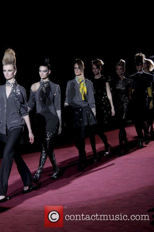 Models and Marc Jacobs 12