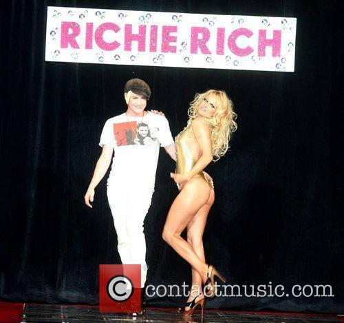 Richie Rich and Pamela Anderson 14