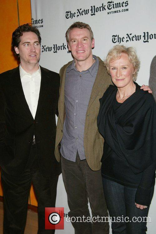 Daniel Zelman, Tate Donovan and Glenn Close 3