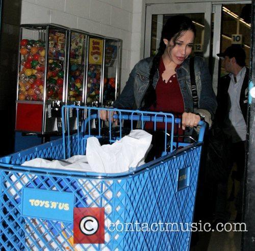 Nadya Suleman aka Octomom goes on a toy...