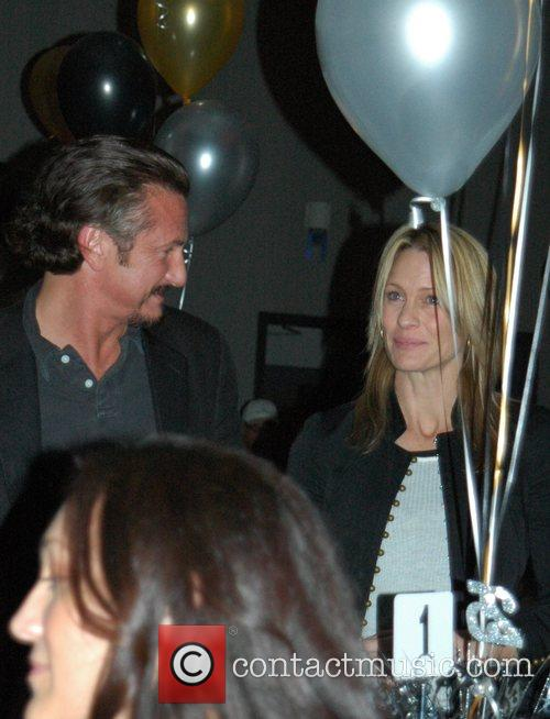 Sean Penn and Robin Wright-penn 5