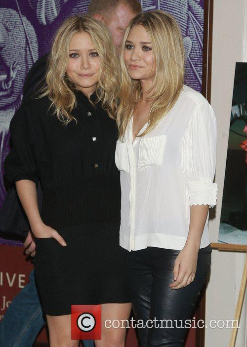 Mary Kate Olsen and Olsen Twins 10