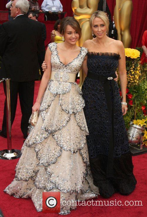 Miley Cyrus, Academy Of Motion Pictures And Sciences and Academy Awards 3