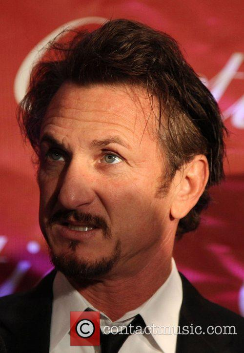 Sean Penn attends the 2009 Palm Springs International...