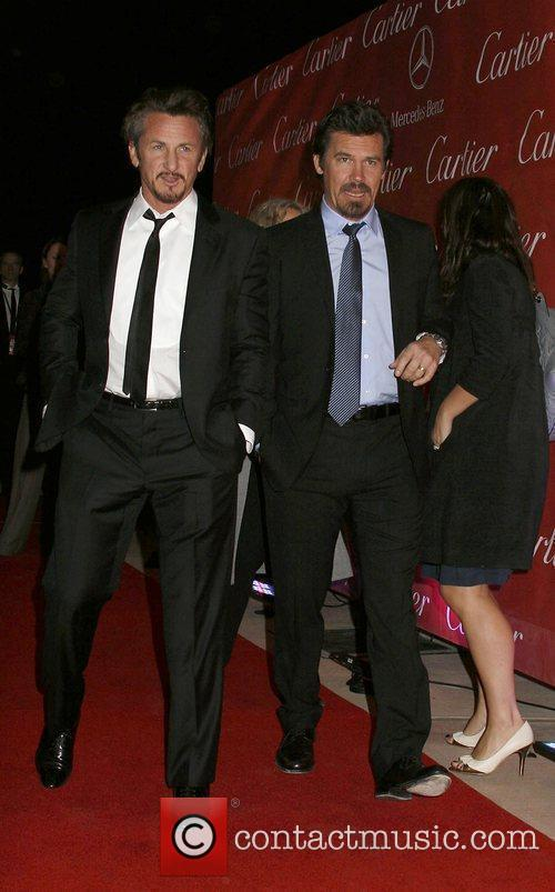 Sean Penn and Josh Brolin 9