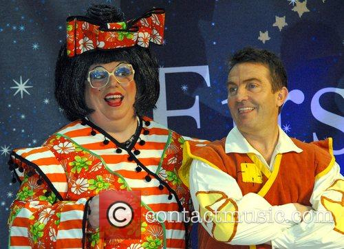 Bradley Walsh (right) 1
