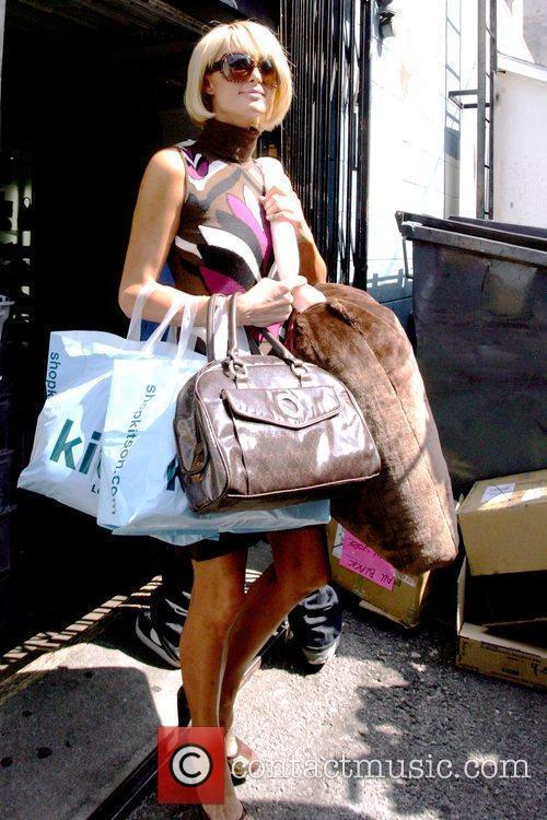 Paris Hilton leaving Kitson on Robertson Boulevard Los...