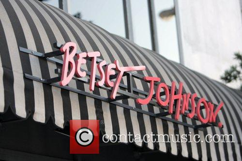 Paris Hilton shopping at Betsey Johnson