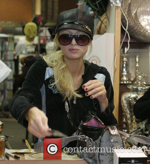 Paris Hilton  out shopping after having lunch...