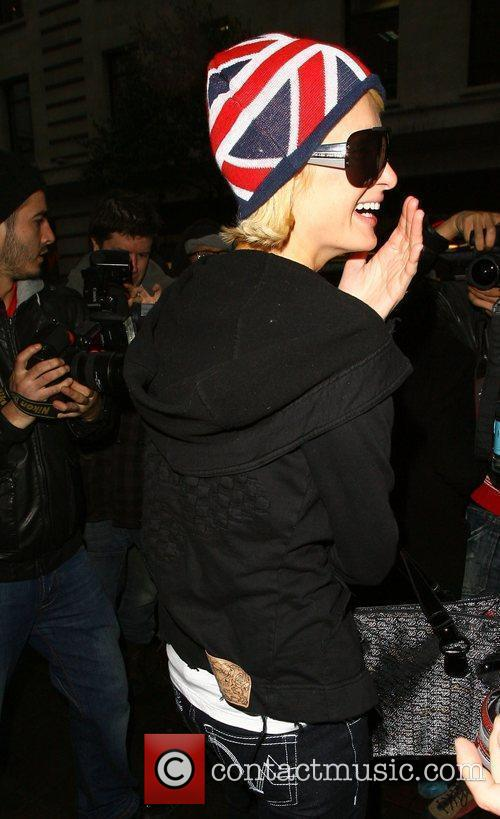 Paris Hilton leaves her hotel and heads for...