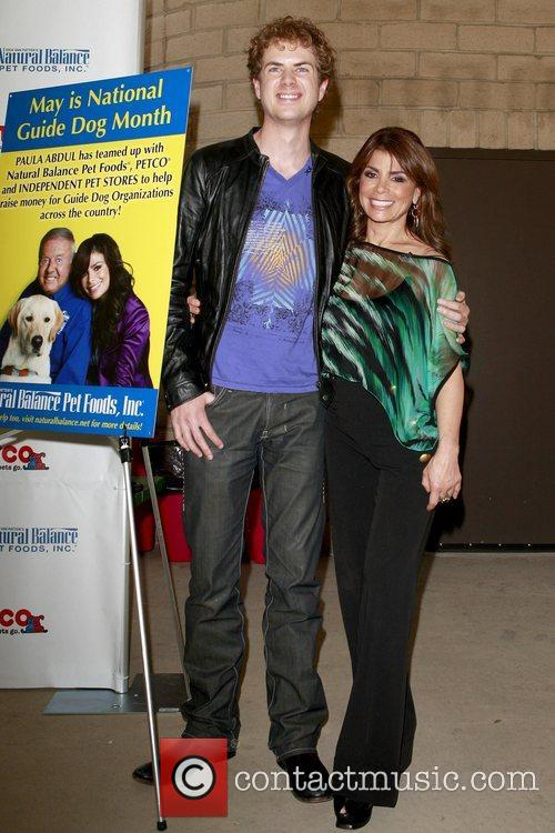 Scott Macintyre, American Idol and Paula Abdul 1