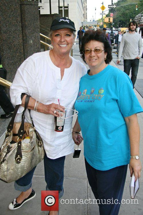 Chef Paula Deenposes With Fan Linda Rosado Outside Her Manhattan Hotel 1