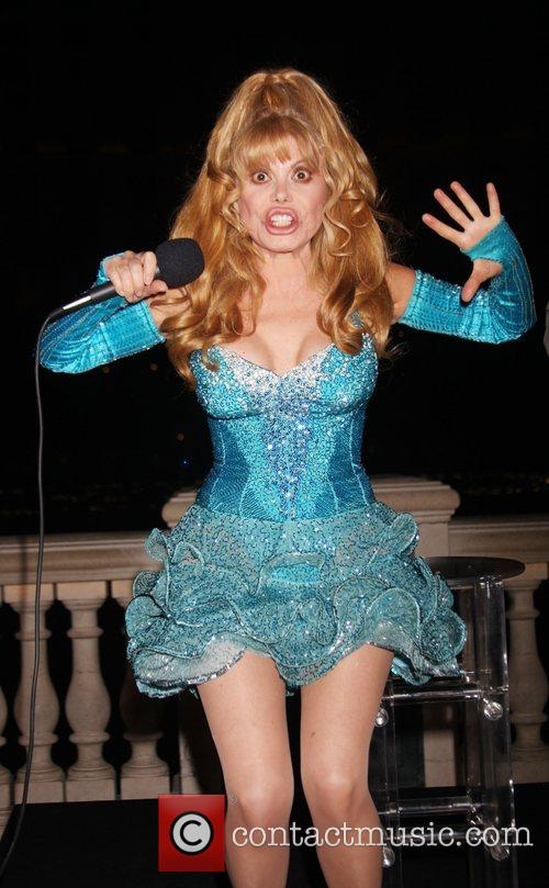 Charo Co-hosts The Pbs Fundraiser At The Bellagio Fountains 4